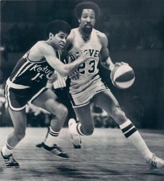 Rockets 73-74 Home Steve Jones, Colonels_small