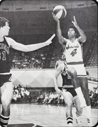 Sounds 74-75 Home Chuck Williams, Spurs_small